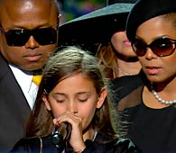 Michael's daughter Paris' body language said it all.