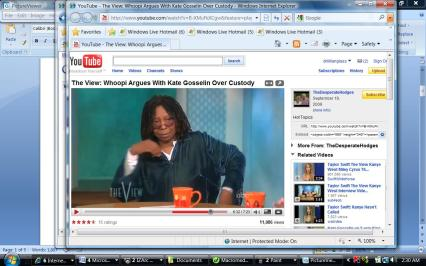 WHoopi's disusted. She's had enough of Kate and is angry as seen by her cupped hand