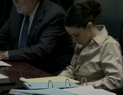 casey anthonys body language stoic bundling courtroom
